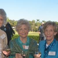 Sue Moore, Penny Edison, and Helen Hunting.